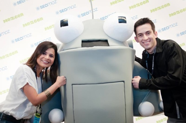 Aleyda Solis and Fabio Ricotta hang with Roger MozBot