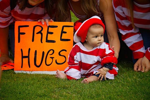 Free Hugs (or Free Mozinars)