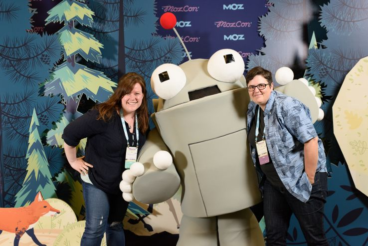 Roger hugs at MozCon