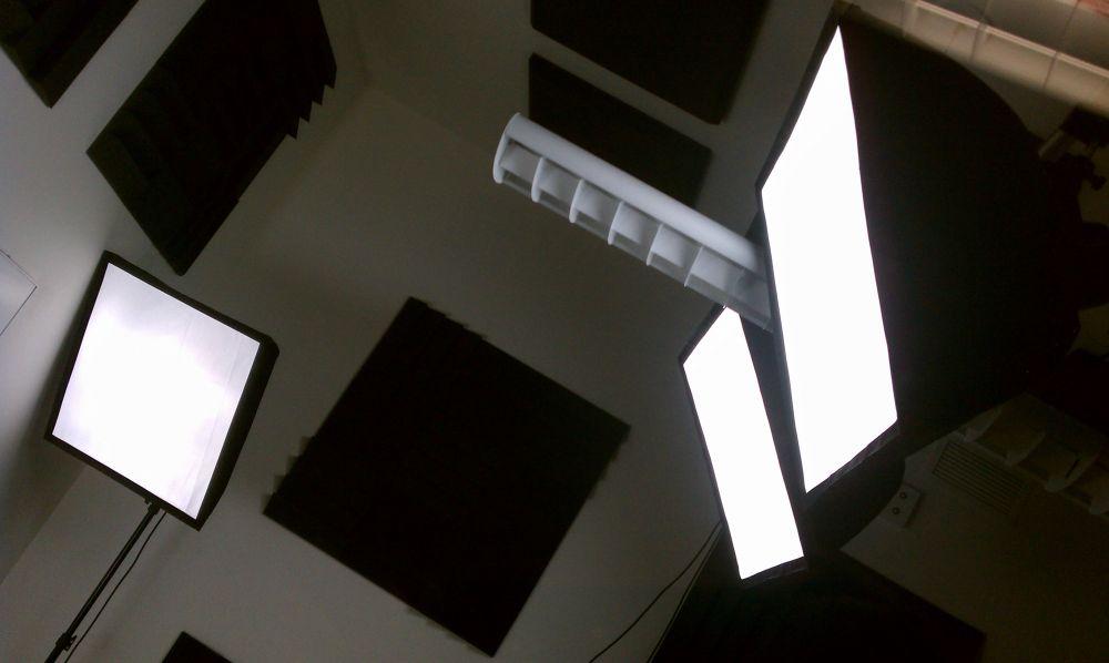 lighting set. whiteboard side lighting friday set up e